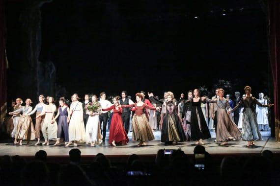 Dugotrajni aplauz oduševljene premijerne publike na praizvedbi baleta <em>Ponos i predrasude</em> 7