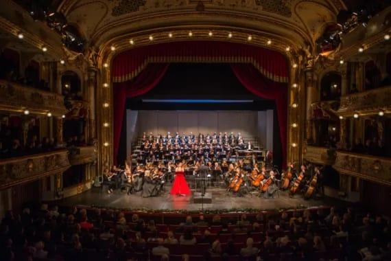 <em>Božićni koncerti</em> u izvedbi solista i orkestra Opere