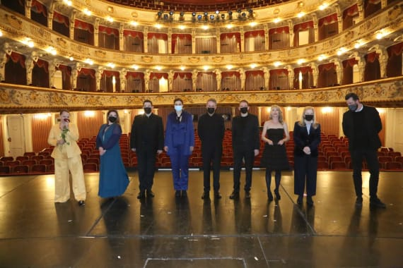 Dugotrajni aplauz publike na svečanoj premijeri opere <em> Orfej i Euridika</em> 11