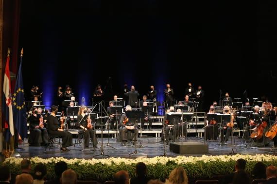 Svečani koncert u povodu Dana državnosti 11