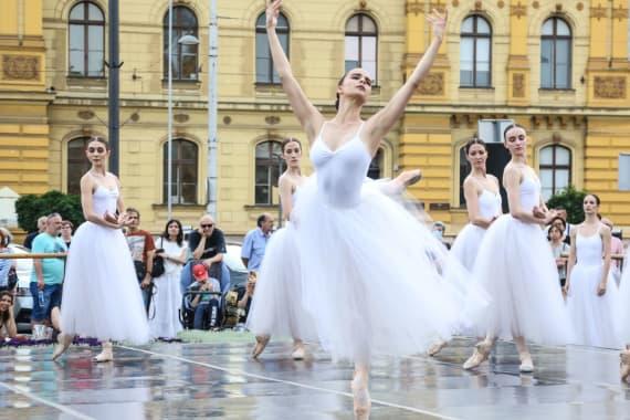 <em> Balet u predvečerje </em> 2