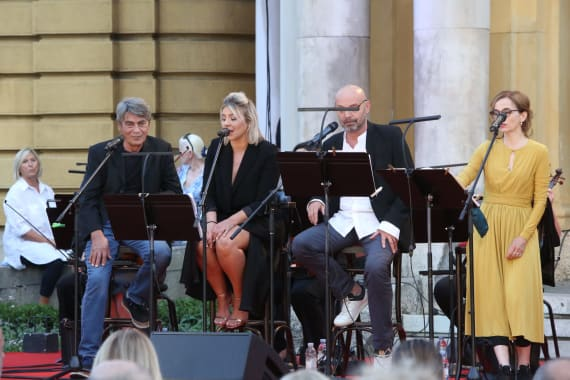 Glazbenim spektaklom u čast Arsenu Dediću završen <em>Festival Ljetne večeri HNK u Zagrebu</em> 8