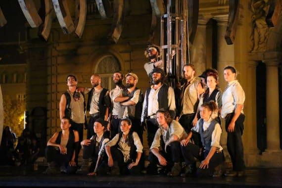 Otvorenje <em>Festivala svjetskog kazališta</em> uličnim spektaklom <em> Moby Dick</em> 5