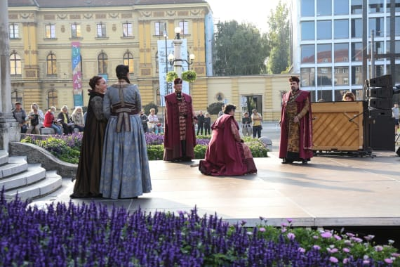 Opera i Drama na <em>Danu otvorenog trga</em> 8