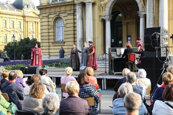 Opera i Drama na <em>Danu otvorenog trga</em> 11