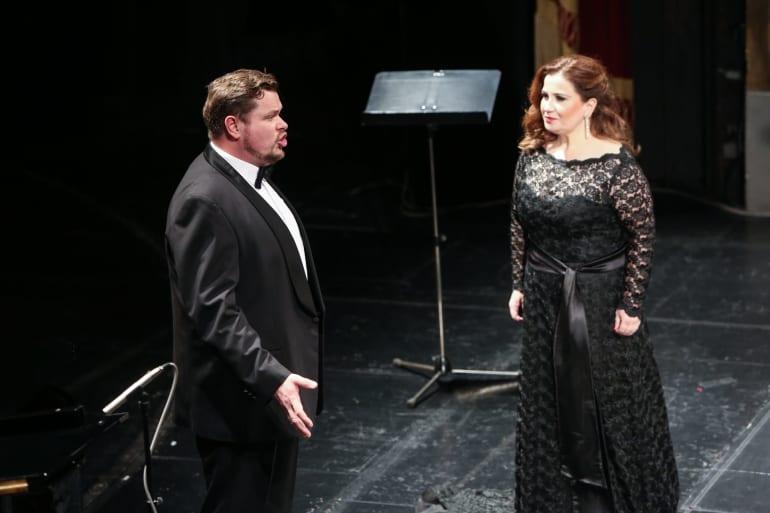 Opera i u domovima publike
