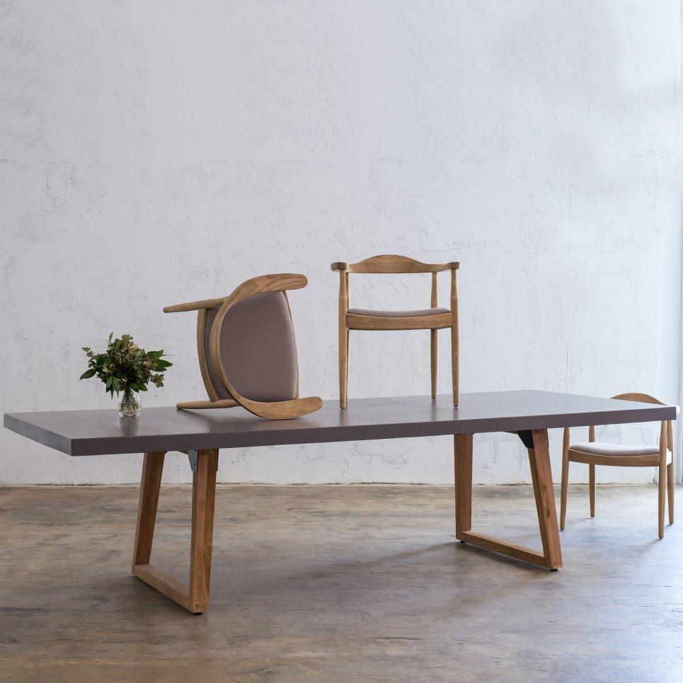 Table de repas design IRON 260 cm pieds teck