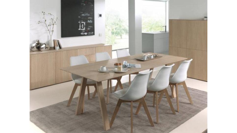 table extensible en ch ne massif 8 10 personnes epure. Black Bedroom Furniture Sets. Home Design Ideas