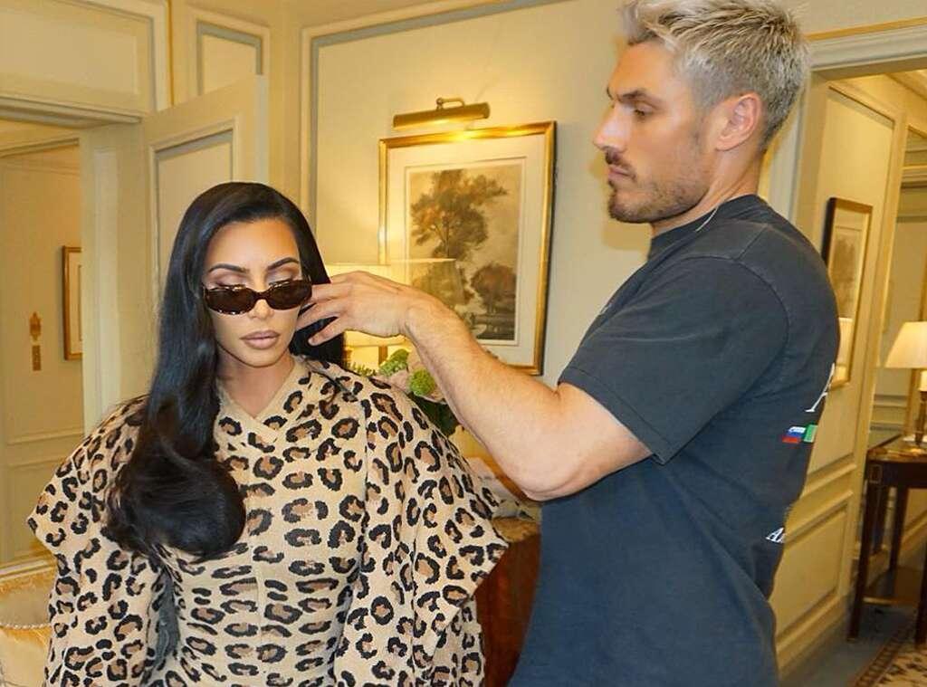 Разделите волосы на две части: стилист Ким Кардашьян дал совет, как круто выглядеть в FaceTime