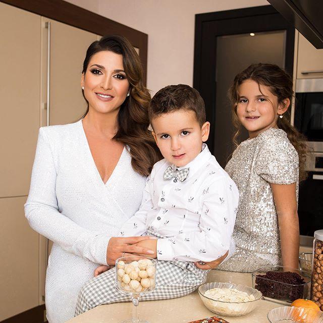 Готовим вместе с детьми! Жасмин запустила собственное кулинарное шоу