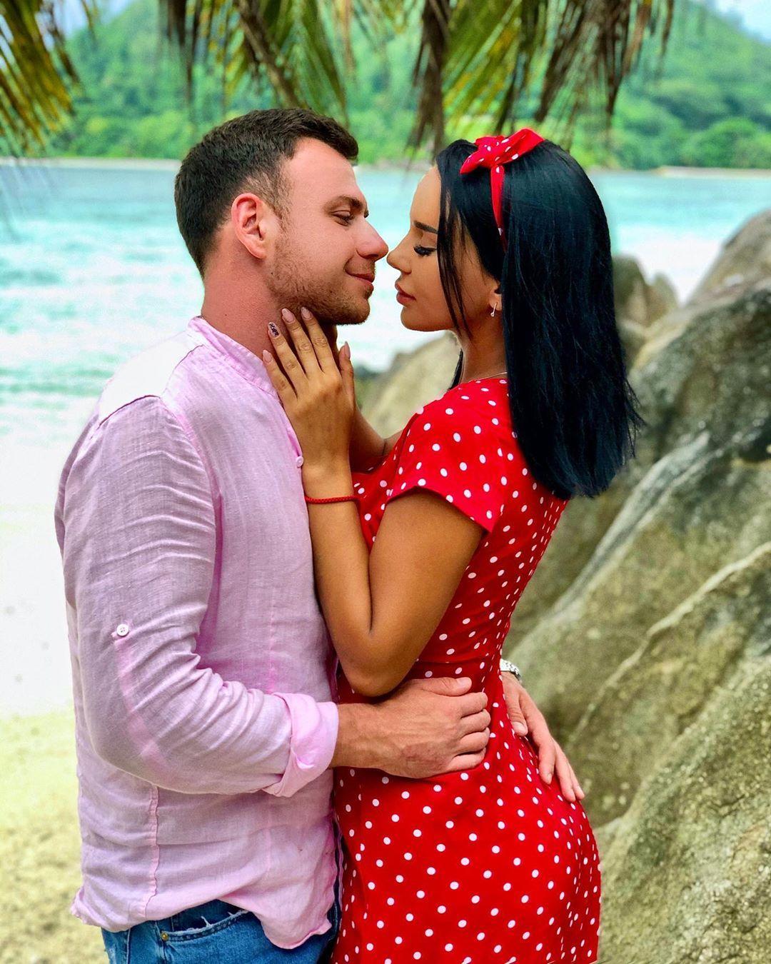 Звезда проекта «Дом-2» Валерий Блюменкранц сделал предложение своей избраннице