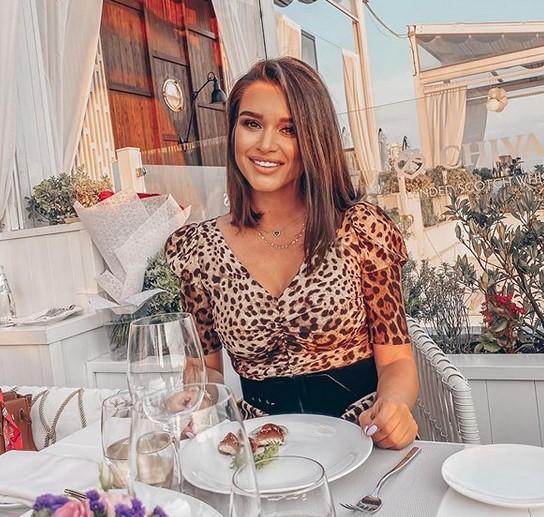 «Сами себе могилу роете»: Ксения Бородина не понимает недовольство жителей Крыма большим потоком туристов