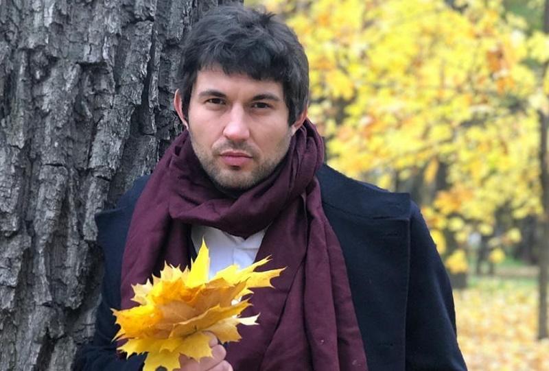 Сын Бари Алибасова решил впустить жильцов в квартиру отца
