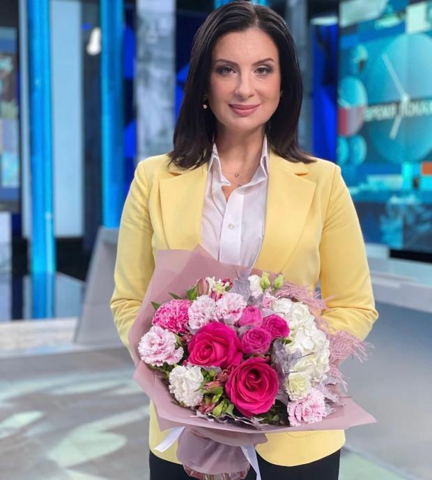 34 года в браке: Екатерина Стриженова поделилась архивным фото в честь годовщины свадьбы