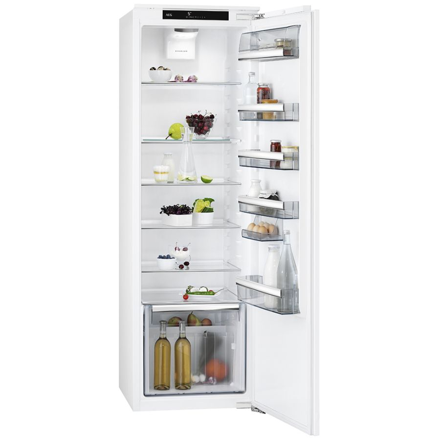 AEG INTEGRATED UPRIGHT FRIDGE SKK8182VDC