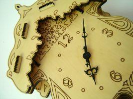 Detajlno gravirana ura