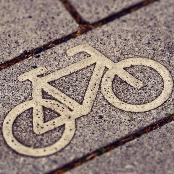 Les 5 moyens d'encourager vos salariés à venir au bureau à vélo