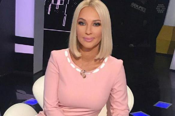 Кудрявцева показала треснувшее лицо