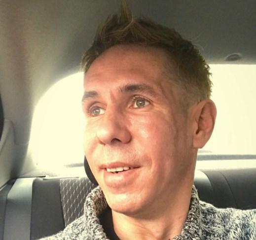 Алексея Панина без документов и телефона эвакуировали в Москву с курорта