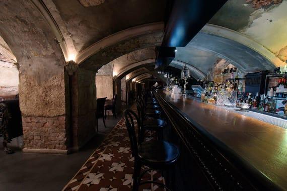 Mendeleev Bar in moscow
