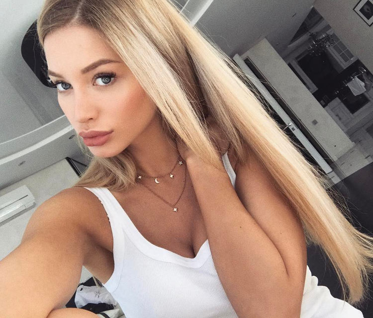 Best Ways to Meet Moscow Girls in 2020 (Places and Ideas)