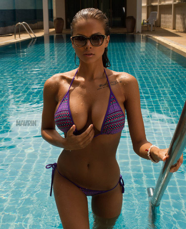 viki odintcova pool shoot