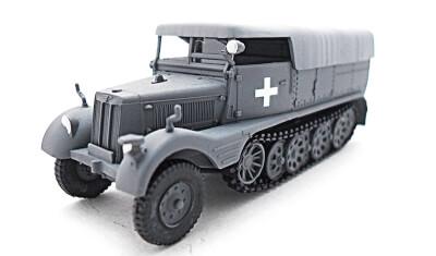готовая модель Sd.Kfz.11