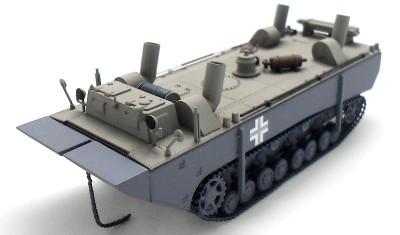 готовая модель танка Landwasscher schlepper prot. 1