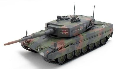 готовая модель танка Leopard 2A4