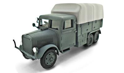 готовая модель грузовика Praga RV