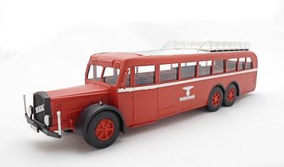 готовая модель автобуса VOMAG 7 OR 660