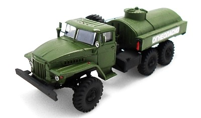 готовая модель грузовика АТЗ-5-375