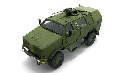 готовая модель бронеавтомобиля Dingo