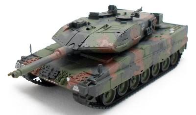 готовая модель танка Leopard 2A6