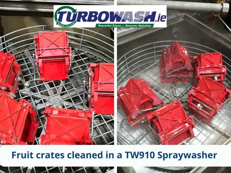 Fruit boxes cleaned in a TW910 Spraywasher