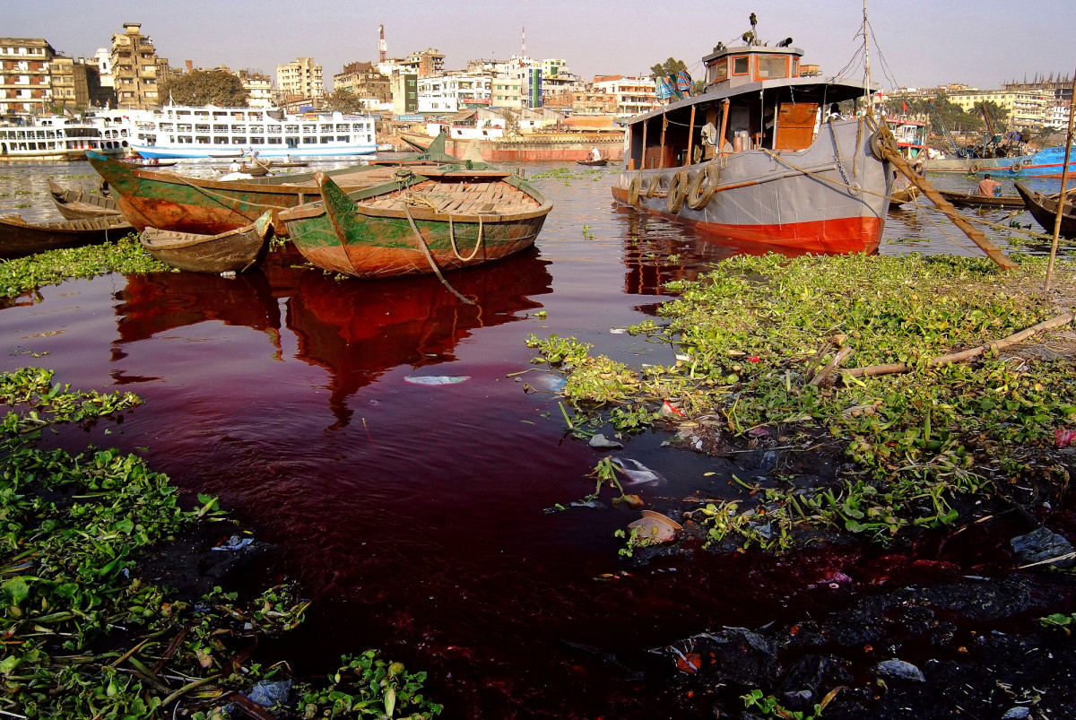 Buriganga River Polluted by Tanneries Daniel Lanteigne