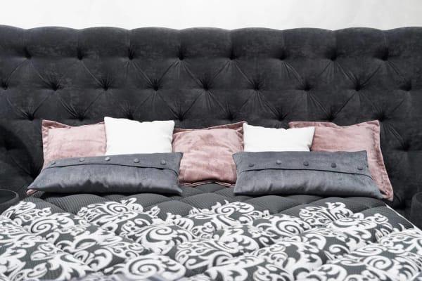 La tête de lit décorative