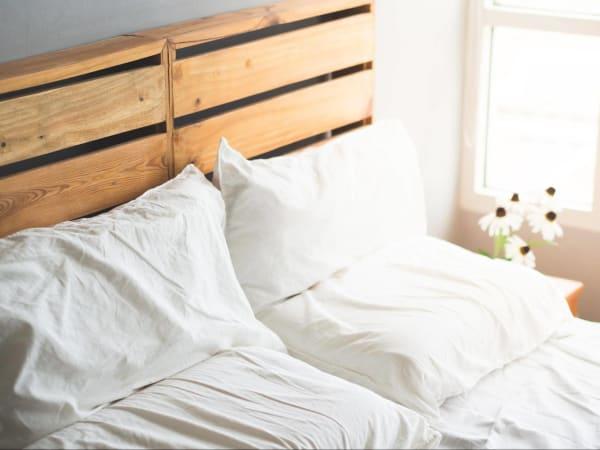 fixer tete de lit sommier