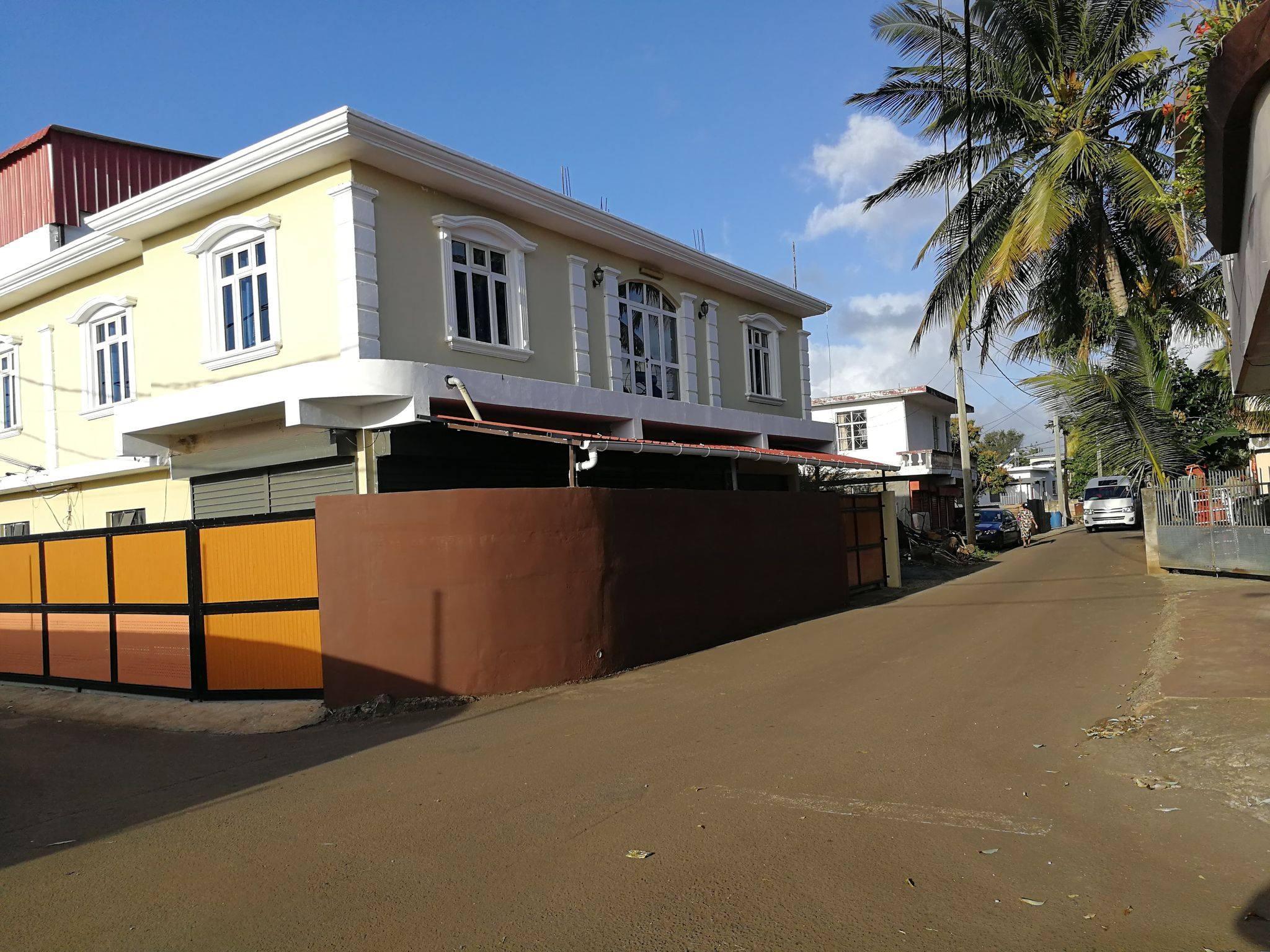 Commercial Building for sale at Triolet!