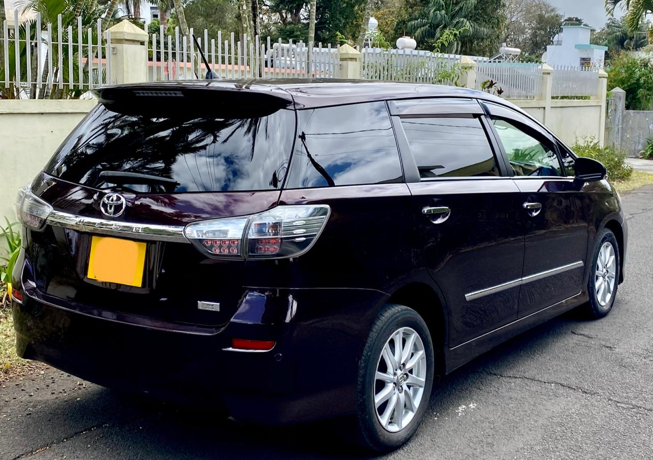 For Sale 2017 Toyota Wish 7 seaters