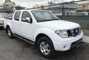 2017 Nissan NAVARA JAPON 4X4 TURBO For Sale