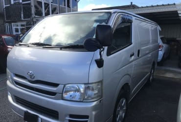 Fore Sale 2009  Toyota HIACE – 24D TURBO