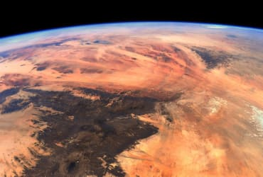 Earth looks like Mars in surprising astronaut photo from the ISS