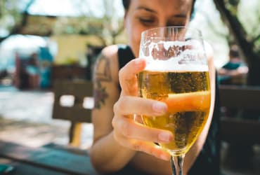 How Much Alcohol Can Kill You? It Depends
