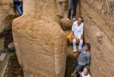 History must be rewritten on Easter Island ?