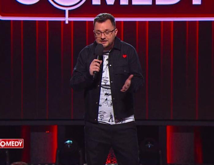 «Впервые над моей шуткой посмеялись только через год»: резидент Comedy Club Половинкин о своей карьере
