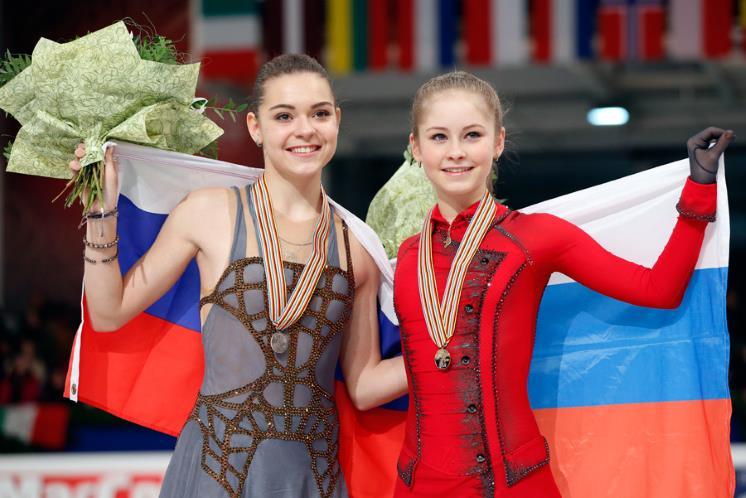 Вражда позади! Аделина Сотникова поздравила Юлию Липницкую с днем рождения