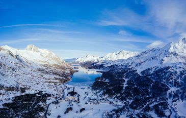 Winter hiking in the Engadine