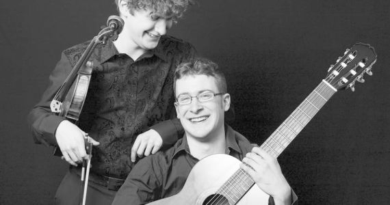 Konzert: Duo Luschaina
