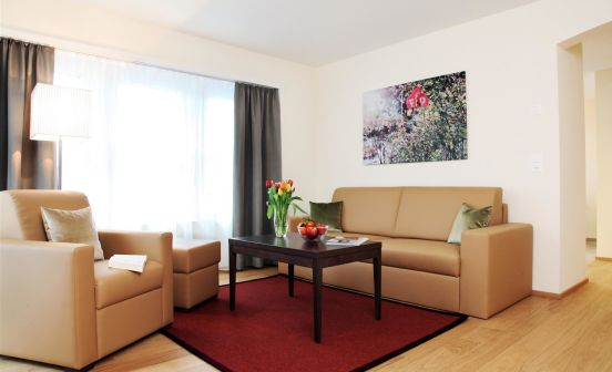 2.5-Zimmer Apartment Suite, Parterre, 56 m²